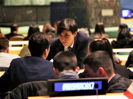 Group Chat UN